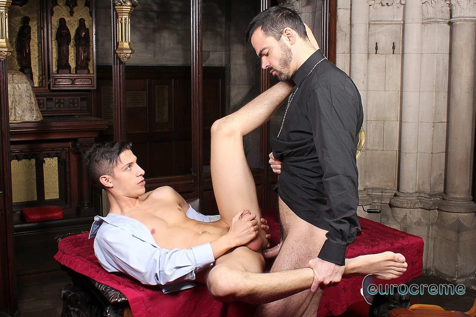 Порно Геи Священники